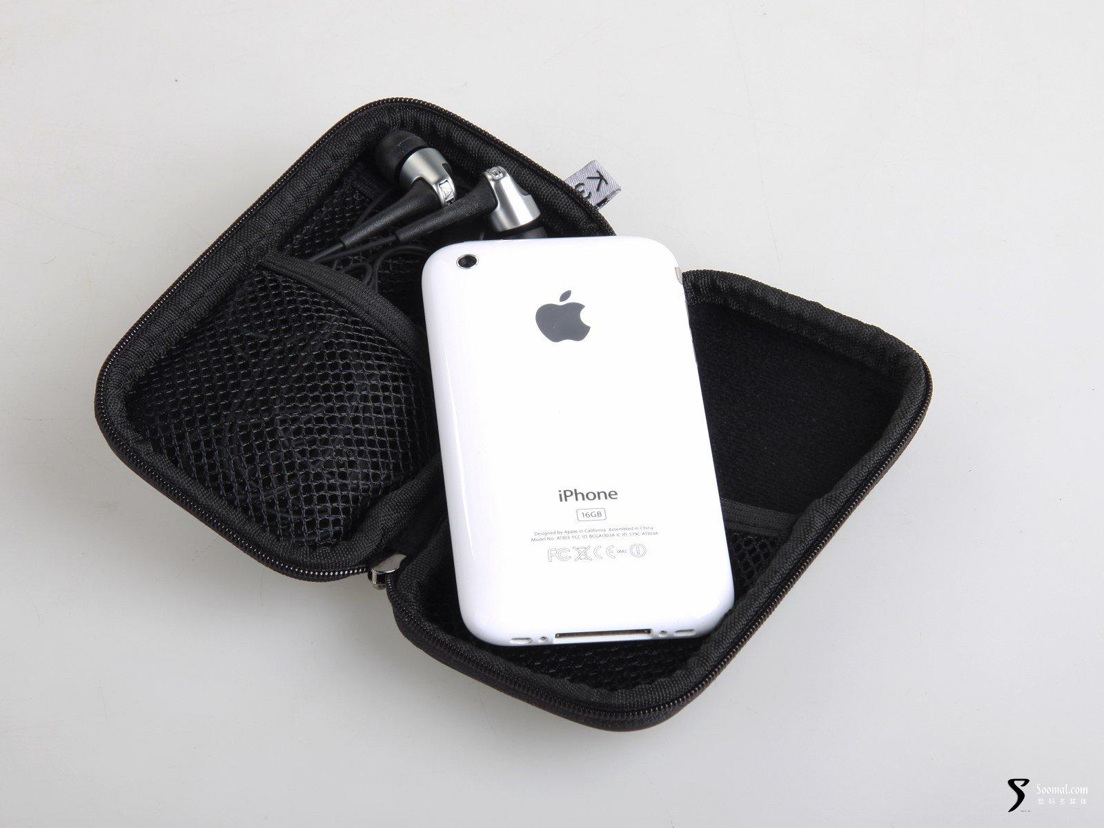 akg k370 入耳式耳机收纳包与iphone图片